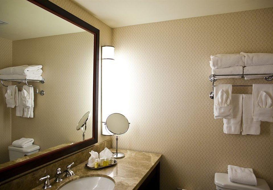 bathroom mirror sink towel property Suite home rack vanity cottage