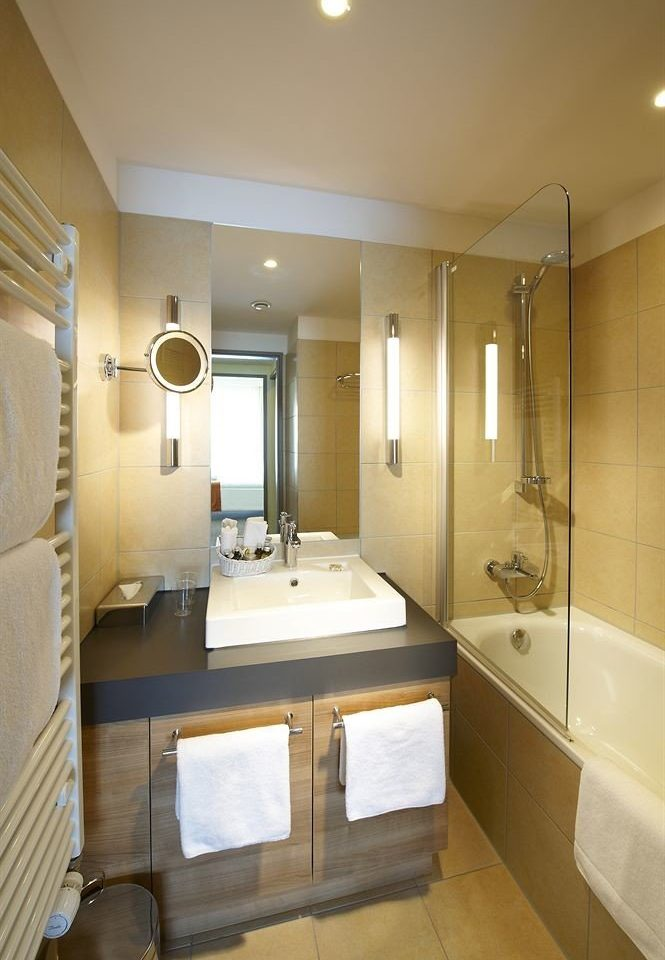 bathroom property mirror sink home Suite cottage tan tile