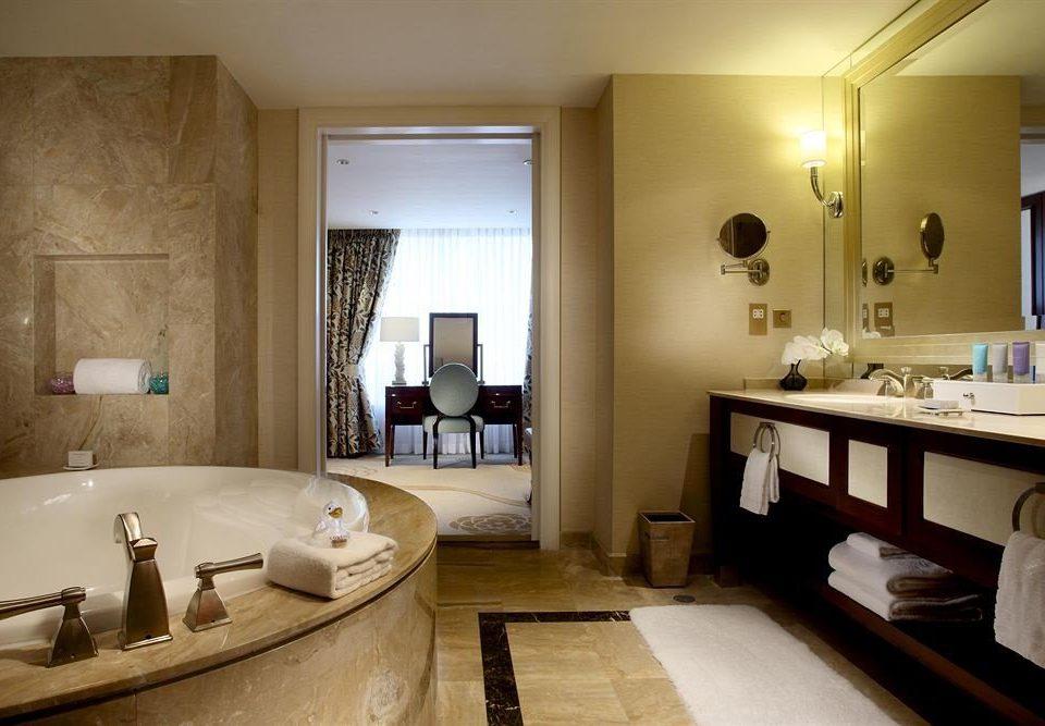 bathroom mirror property sink home Suite cottage mansion