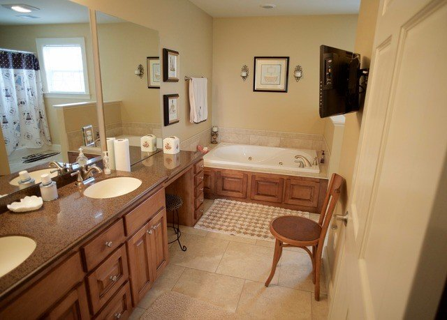 bathroom property home cottage Suite tan