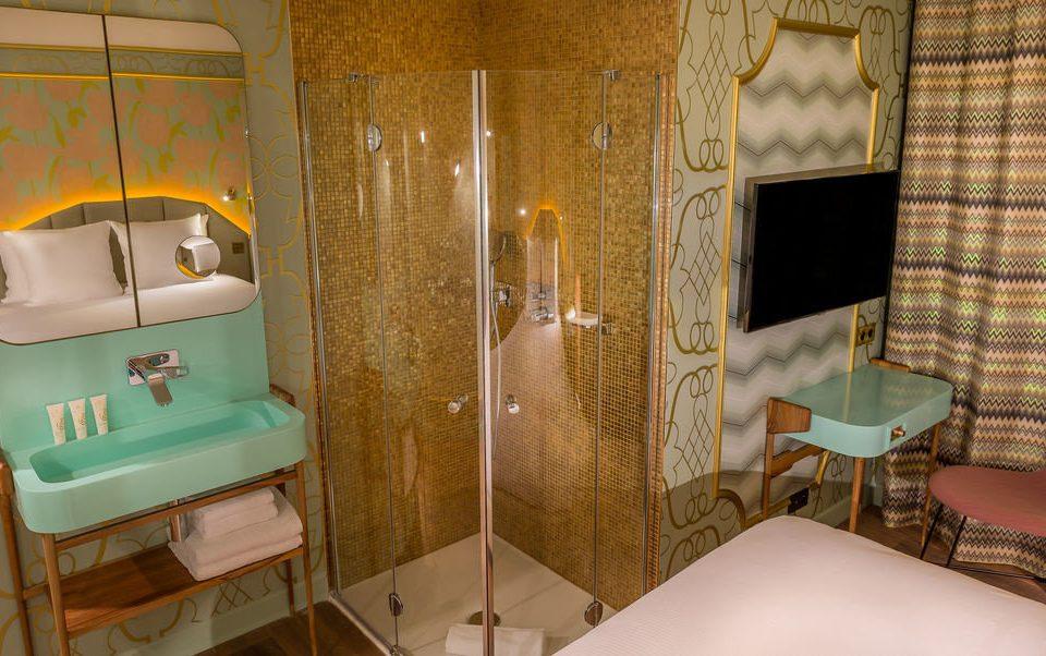 bathroom cottage Suite home