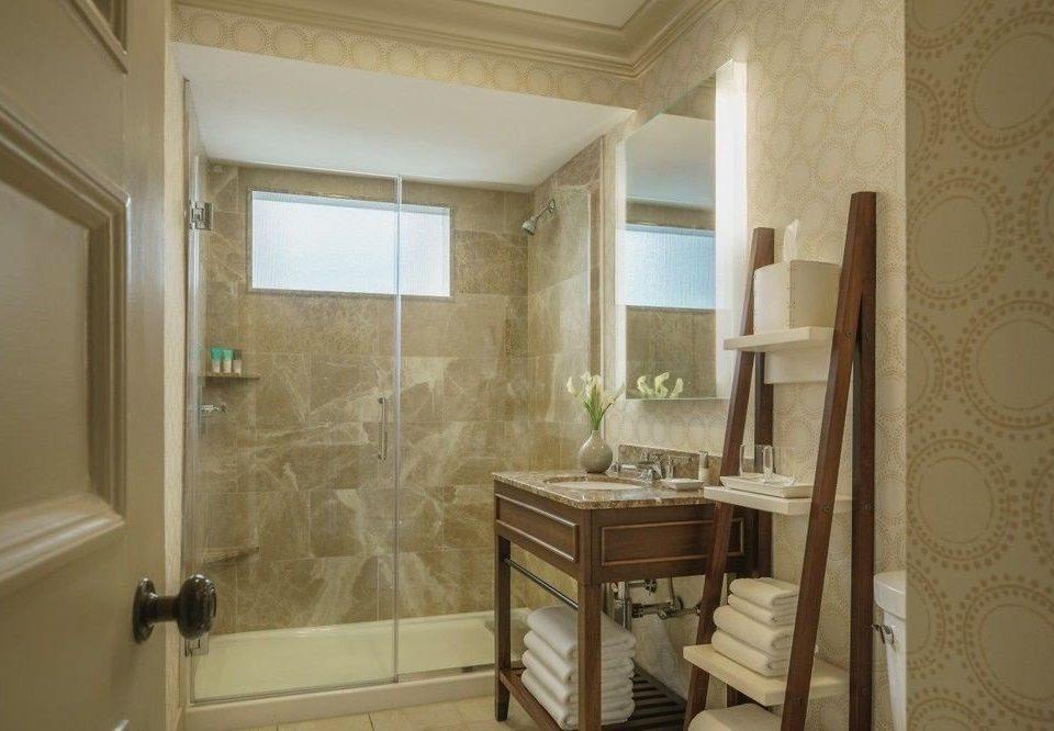 property bathroom house home Suite cottage mansion