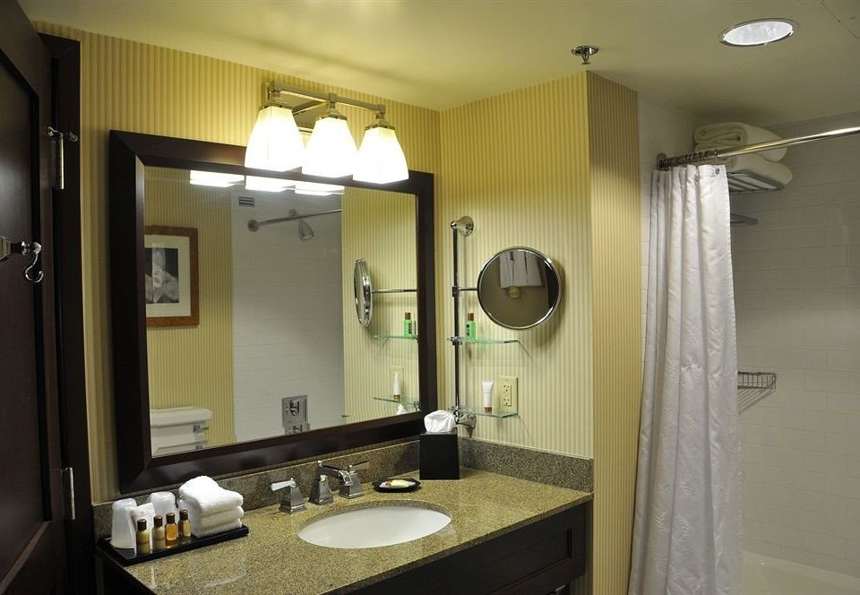 bathroom mirror sink property home toilet Suite cottage