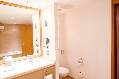 bathroom mirror property sink Suite white home cottage