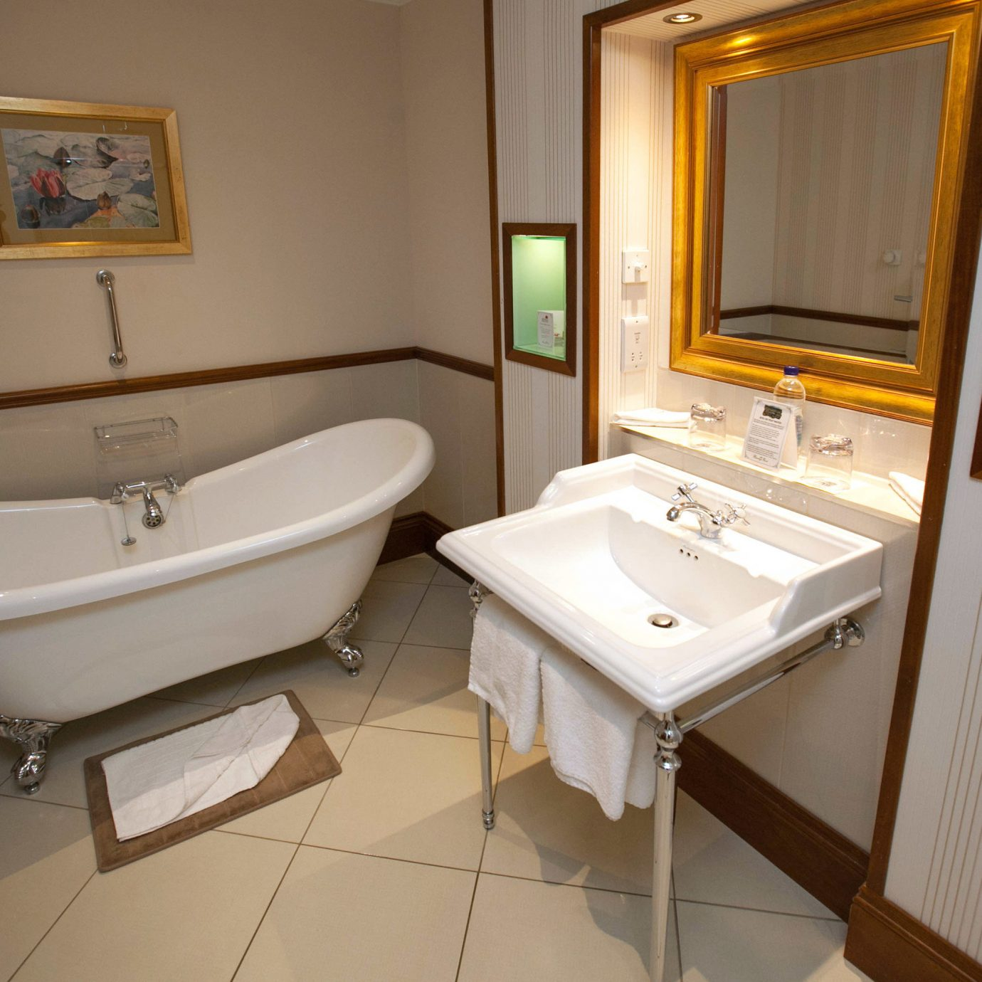 bathroom sink property Suite home cottage tiled tan