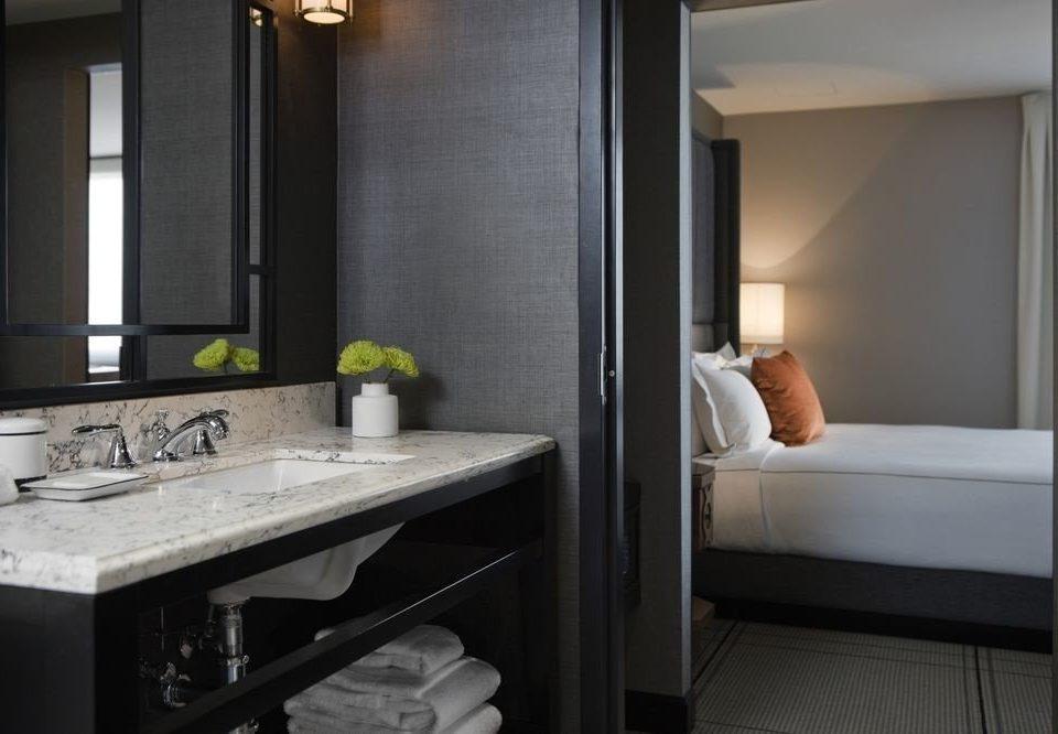 bathroom mirror sink property Suite home cottage