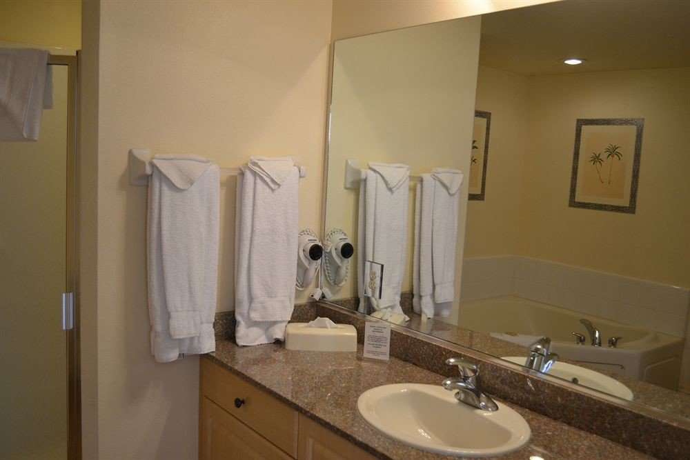 bathroom sink property toilet home cottage Suite rack tan