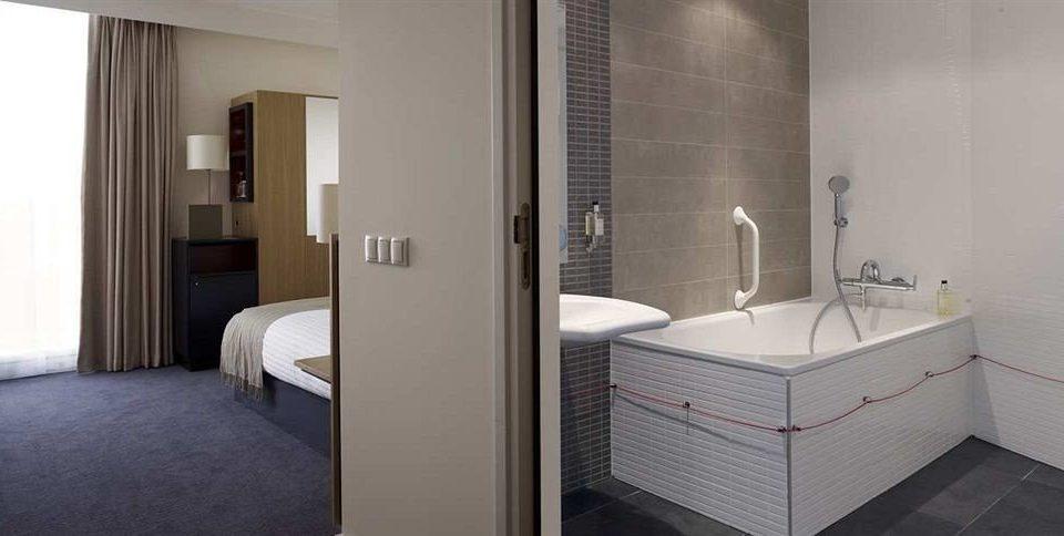 bathroom property Suite cottage