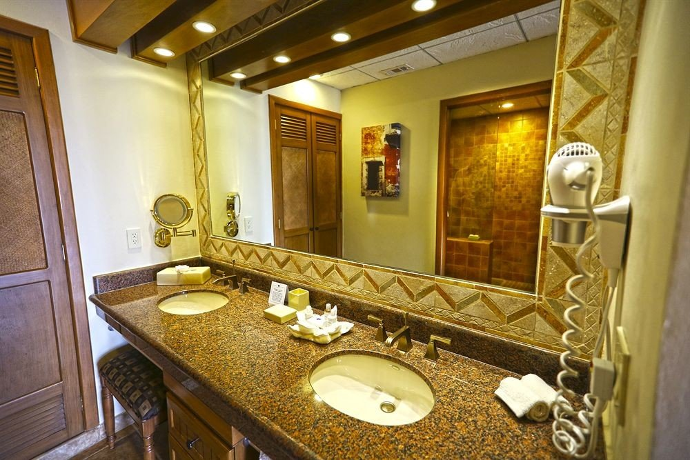 bathroom mirror sink property Suite home counter mansion