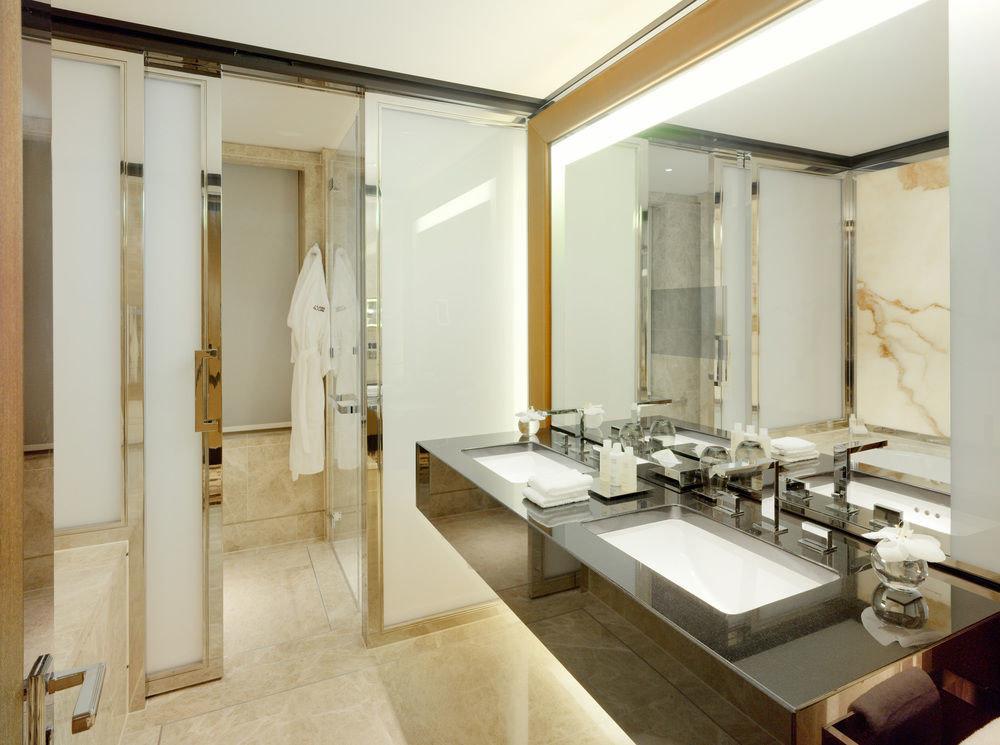 bathroom property sink counter Suite home plumbing fixture mansion