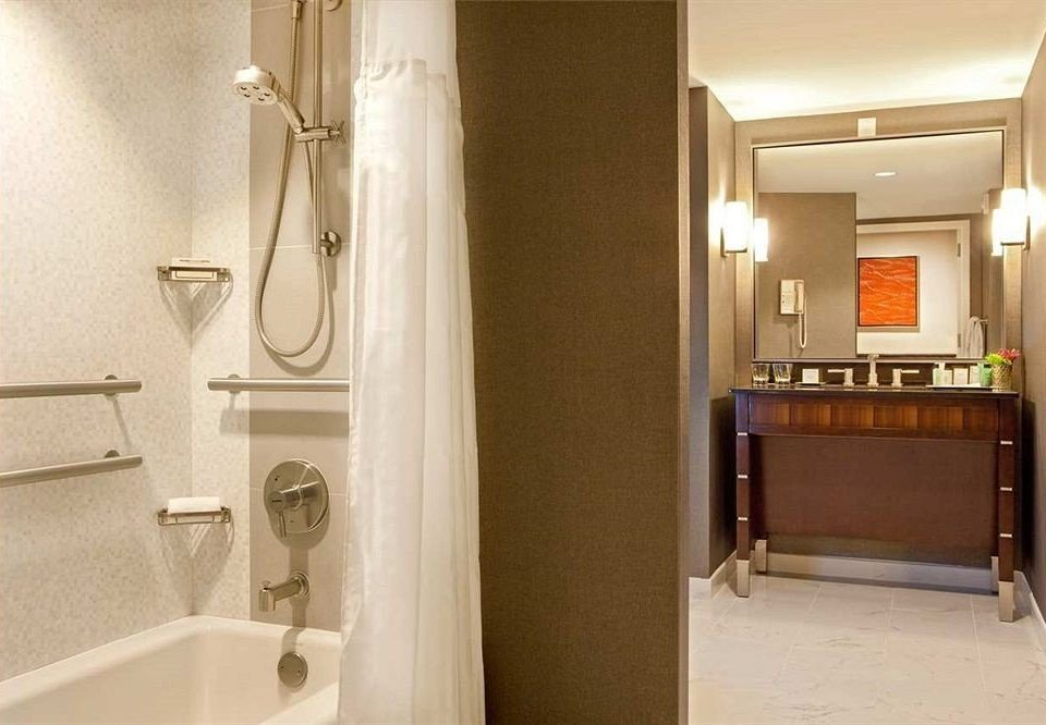 bathroom property toilet house home sink Suite flooring