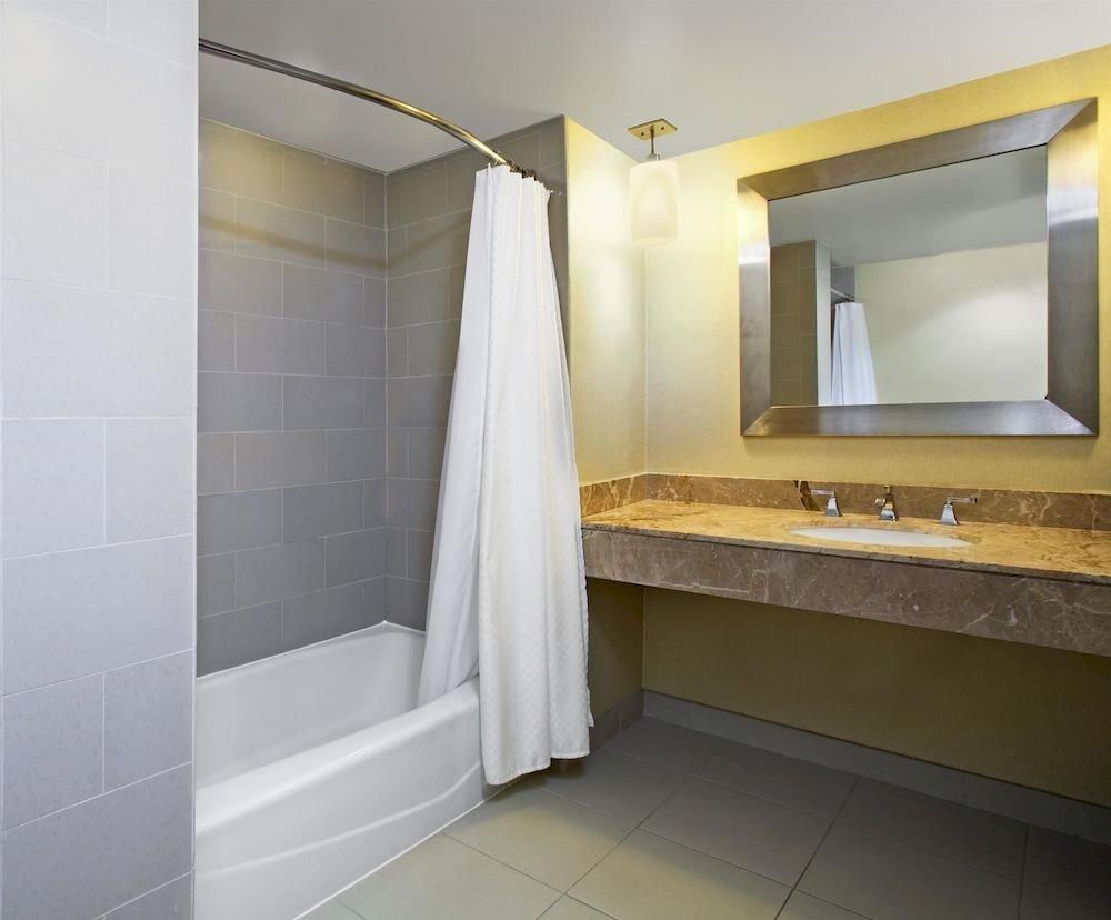 bathroom property home flooring Suite plumbing fixture tiled tile