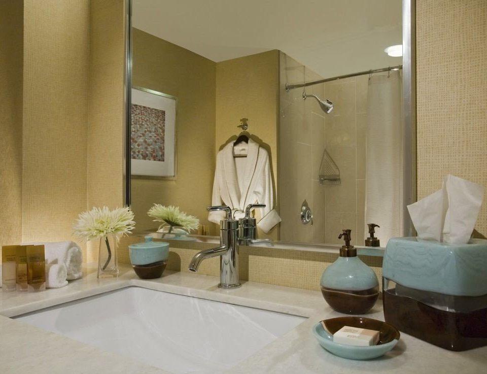 bathroom property Suite plumbing fixture sink flooring