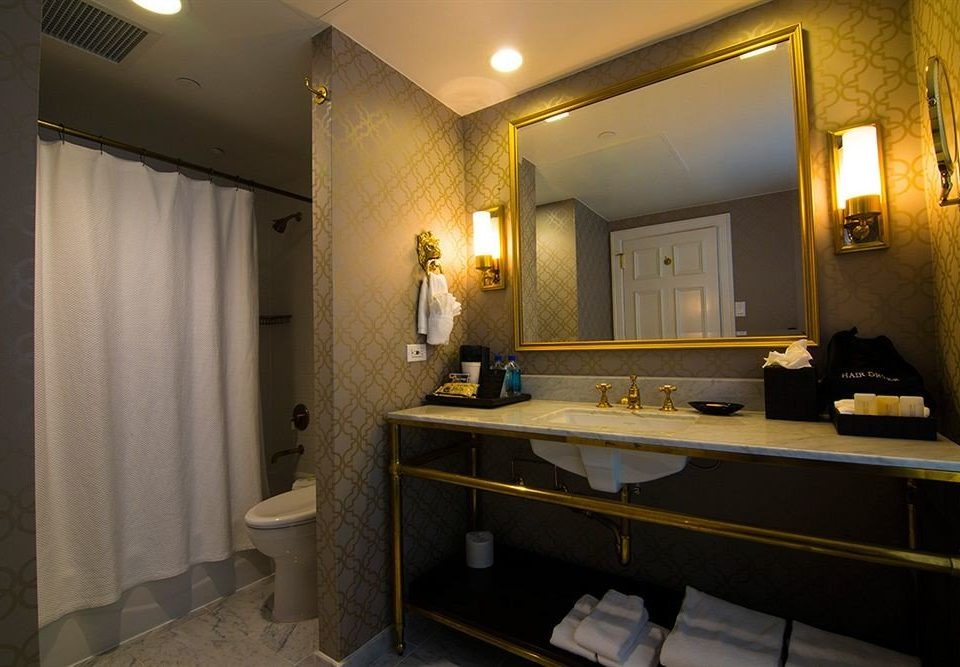 bathroom mirror sink property house home Suite mansion