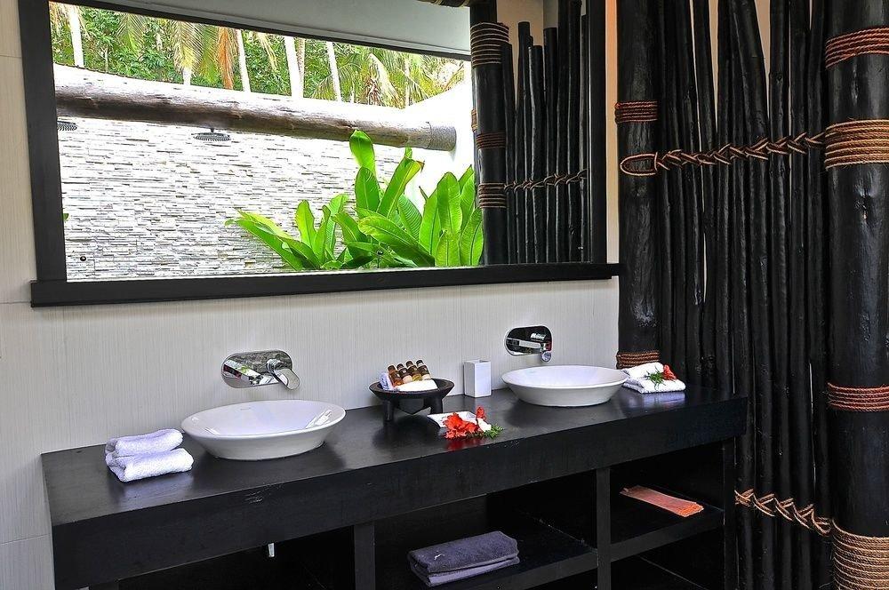property bathroom house home Suite window treatment