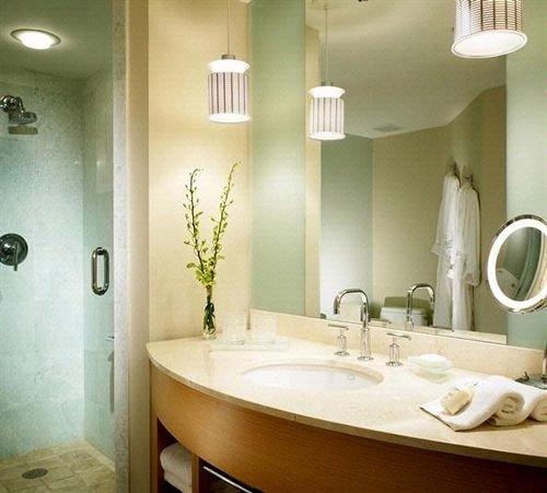 bathroom mirror sink property home Suite plumbing fixture toilet