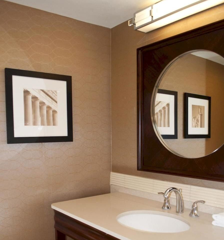 bathroom mirror property sink home Suite