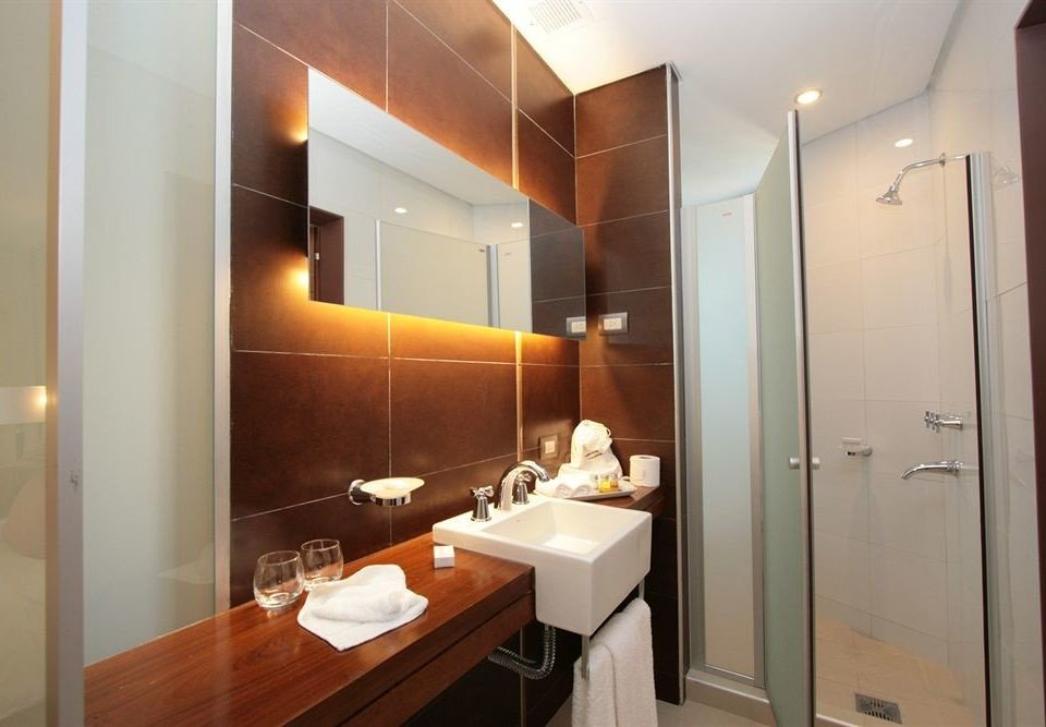 bathroom mirror sink property Suite home