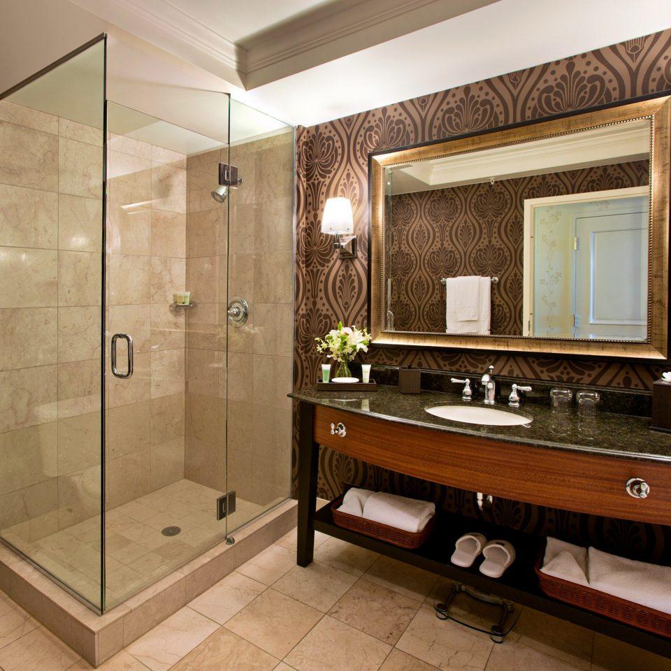 bathroom property Suite home sink