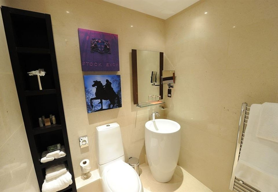 bathroom property toilet sink home Suite