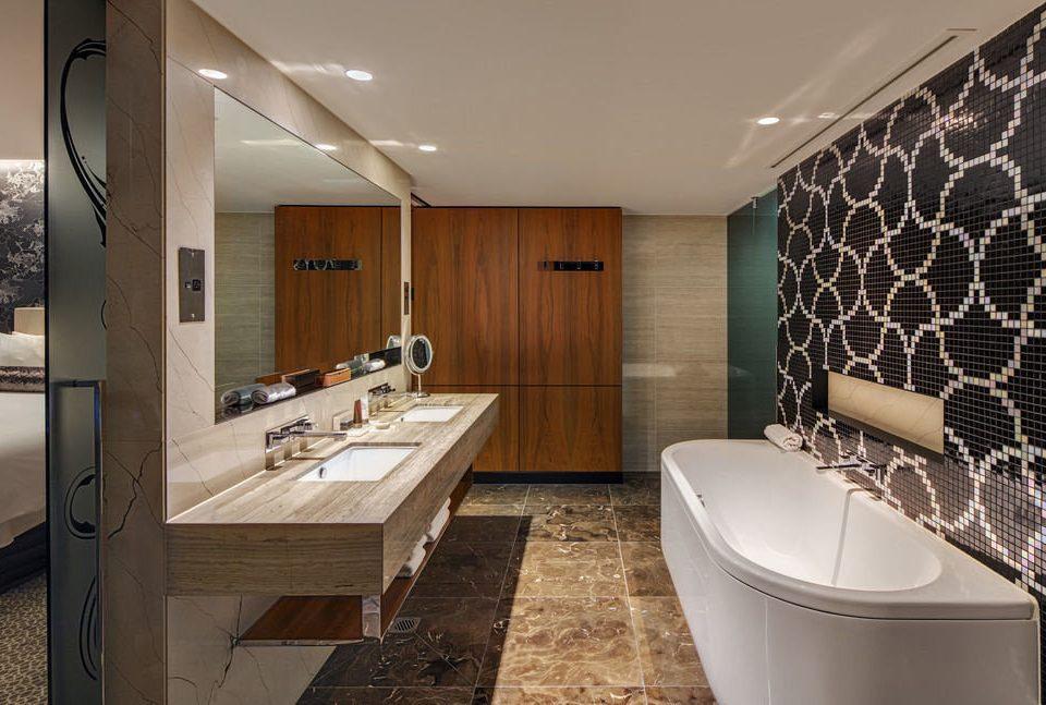 property bathroom Suite home tub