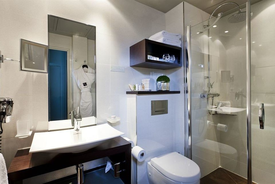 bathroom property sink home Suite toilet