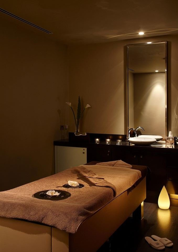 bathroom mirror Suite lighting sink living room tan