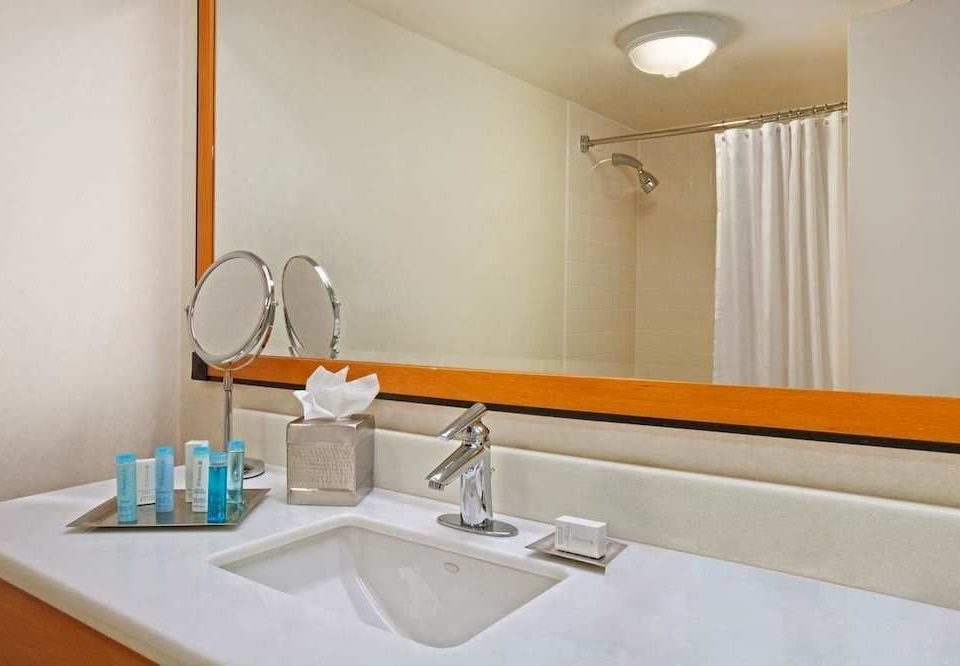 bathroom sink mirror property Suite toilet