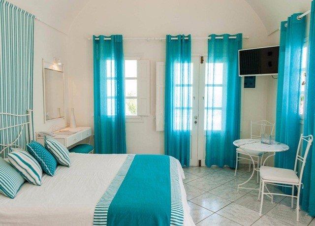 property chair green Suite blue condominium cottage