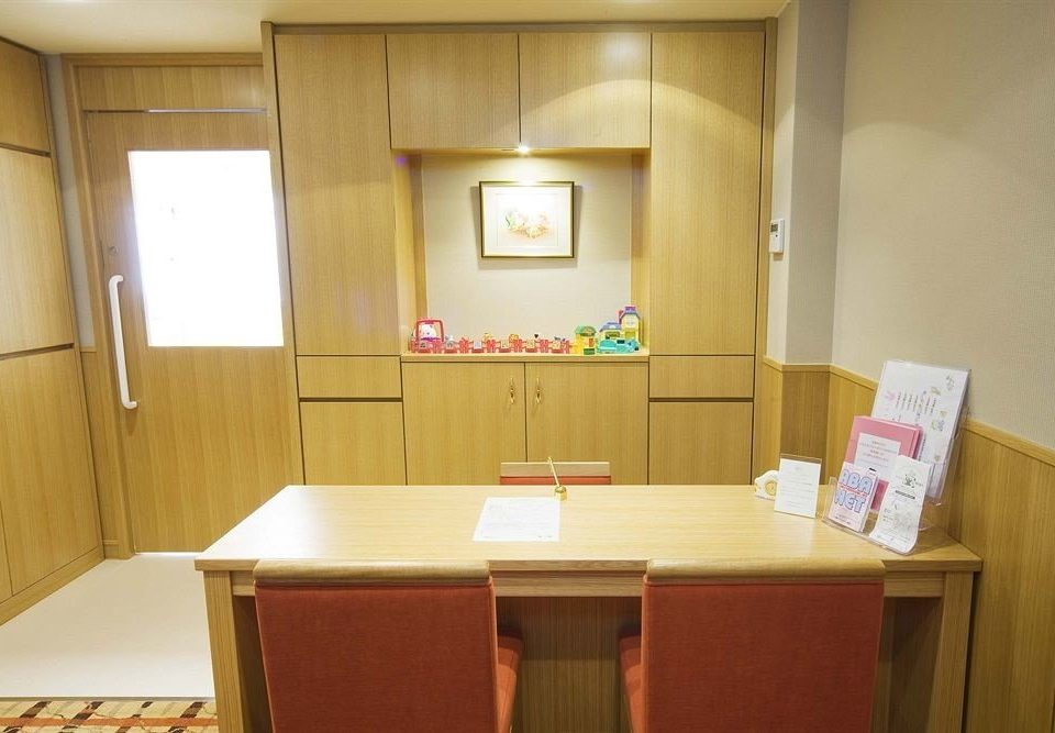 Suite cottage cabinetry