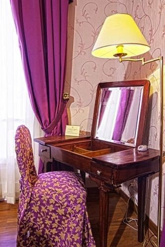 curtain color pink chair living room Suite cottage purple
