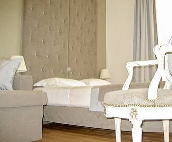 sofa chair property living room Suite seat white cottage
