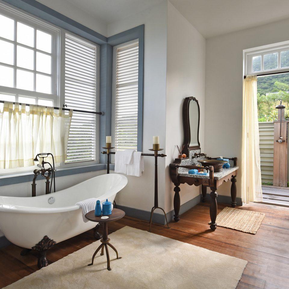 property living room home hardwood condominium flooring wood flooring Suite cottage