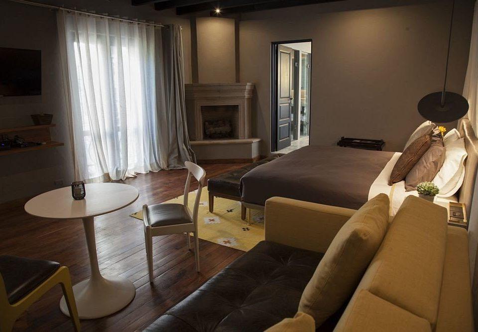 sofa property Suite home living room cottage condominium