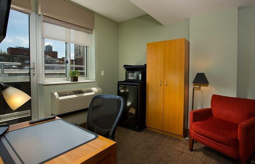 property Suite home cottage condominium living room