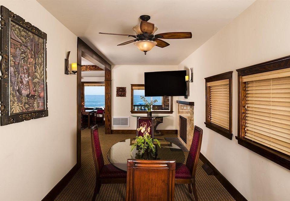 property living room home cottage condominium Suite