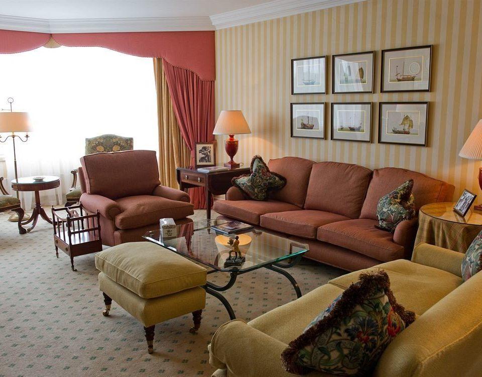 sofa living room property home cottage Suite condominium