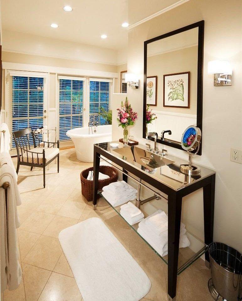 property condominium living room home Suite cottage