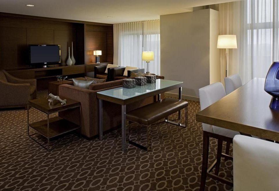 property Suite living room condominium home cottage