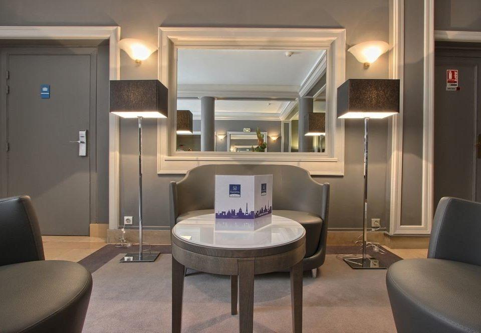 property Suite home living room condominium cottage lamp