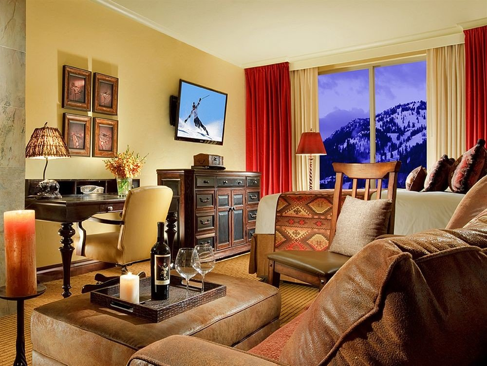 living room property home Suite cottage condominium leather