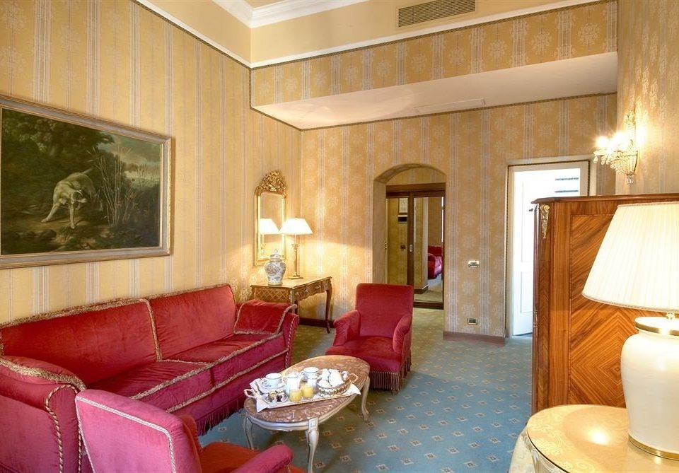 sofa property Suite living room cottage condominium