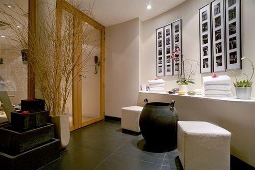 property condominium living room cottage Suite loft