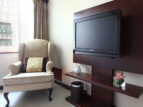 living room property home Suite condominium flat