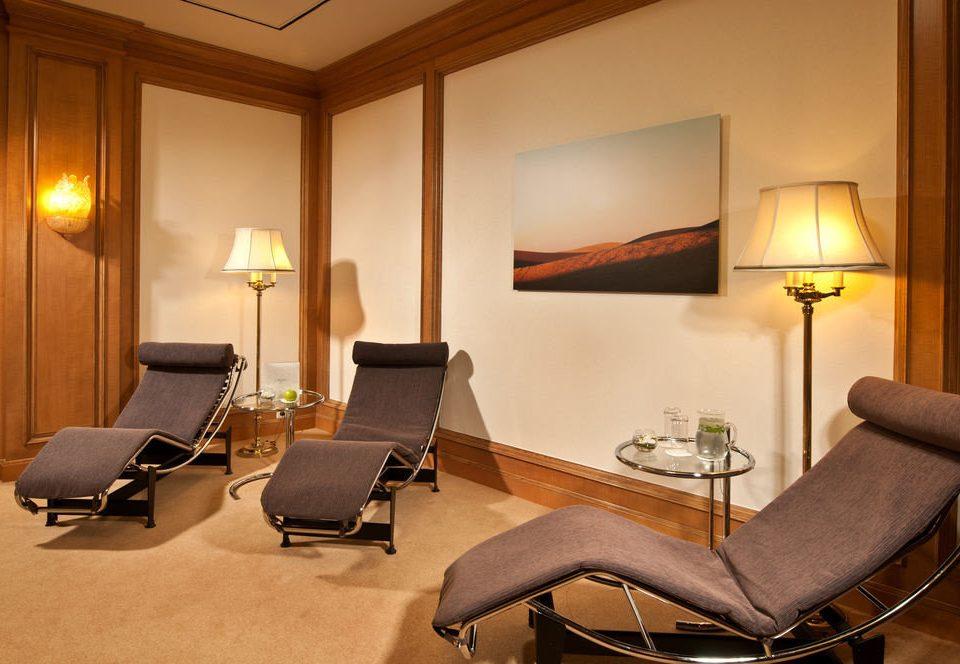 property Suite living room home condominium lamp