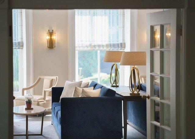 living room property home condominium Suite