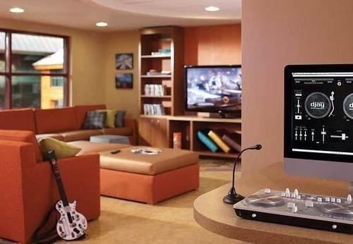 property living room condominium home recreation room Suite yacht