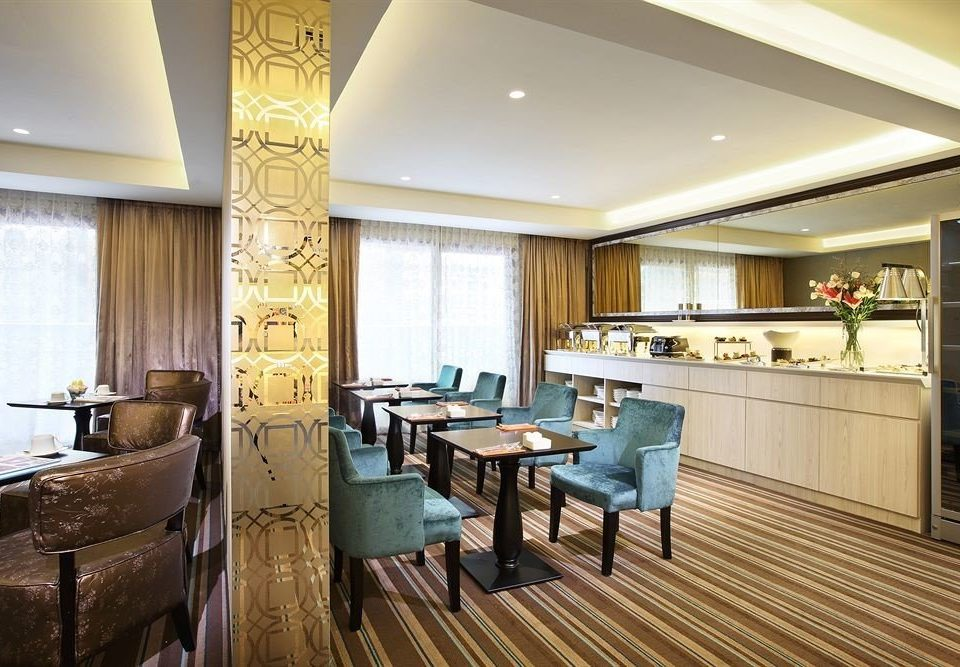 property condominium restaurant Suite