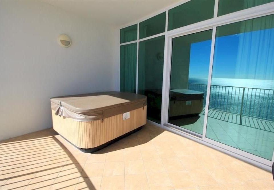 property swimming pool condominium Suite