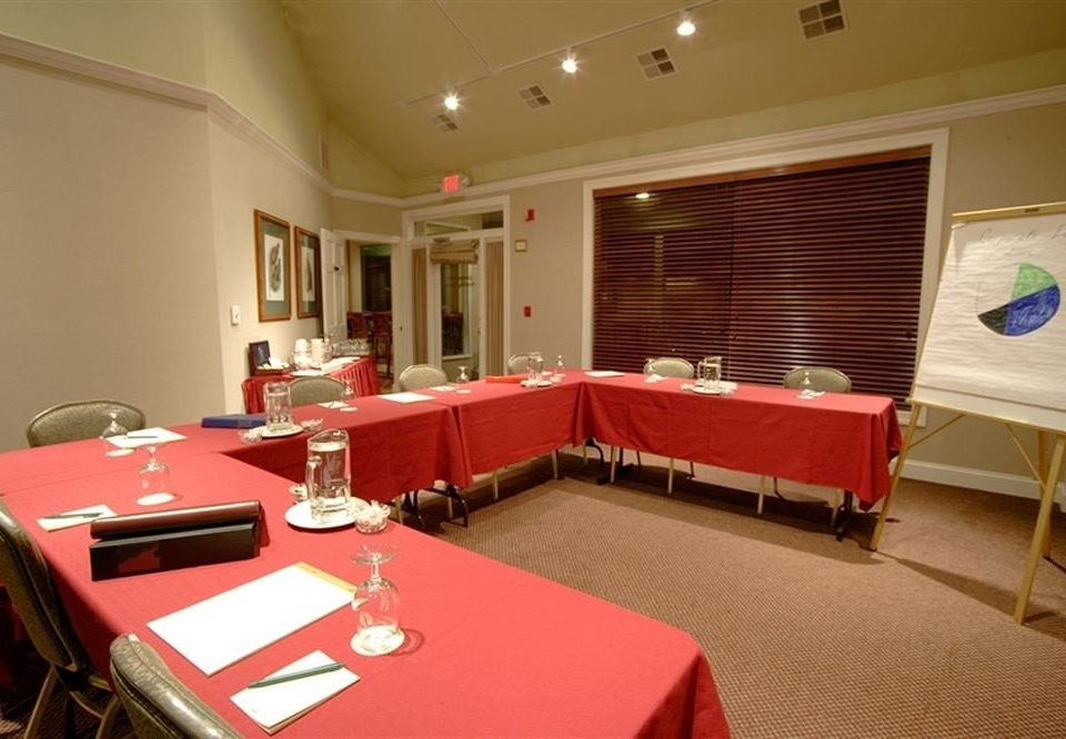 red conference hall function hall recreation room Suite